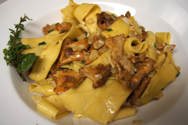 Recipe Review: Fricassee of Chanterelles with Pappardelle ...