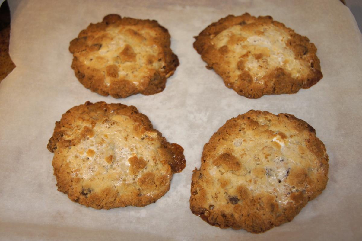 Momofuku Milk Bar Cornflake Chocolate Chip Marshmallow Cookie