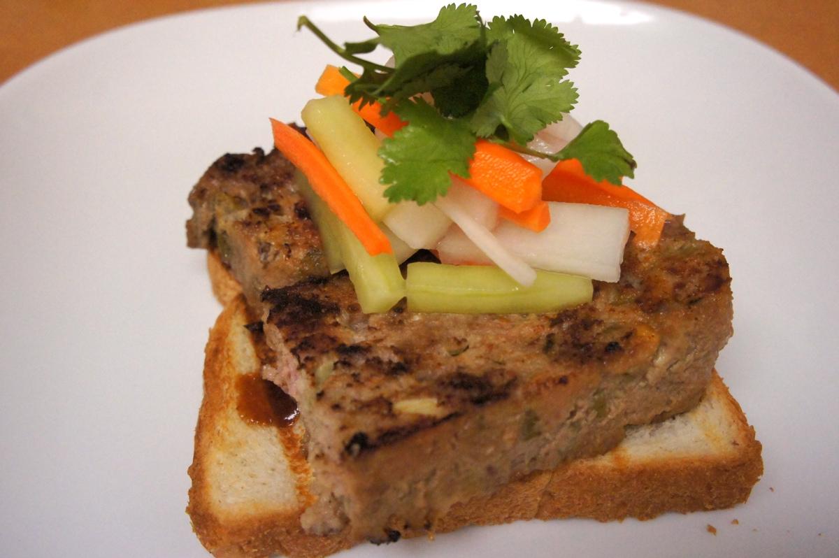 Recipe Review: Hoisin-Glazed Meatloaf Sandwich | testerfoodblog