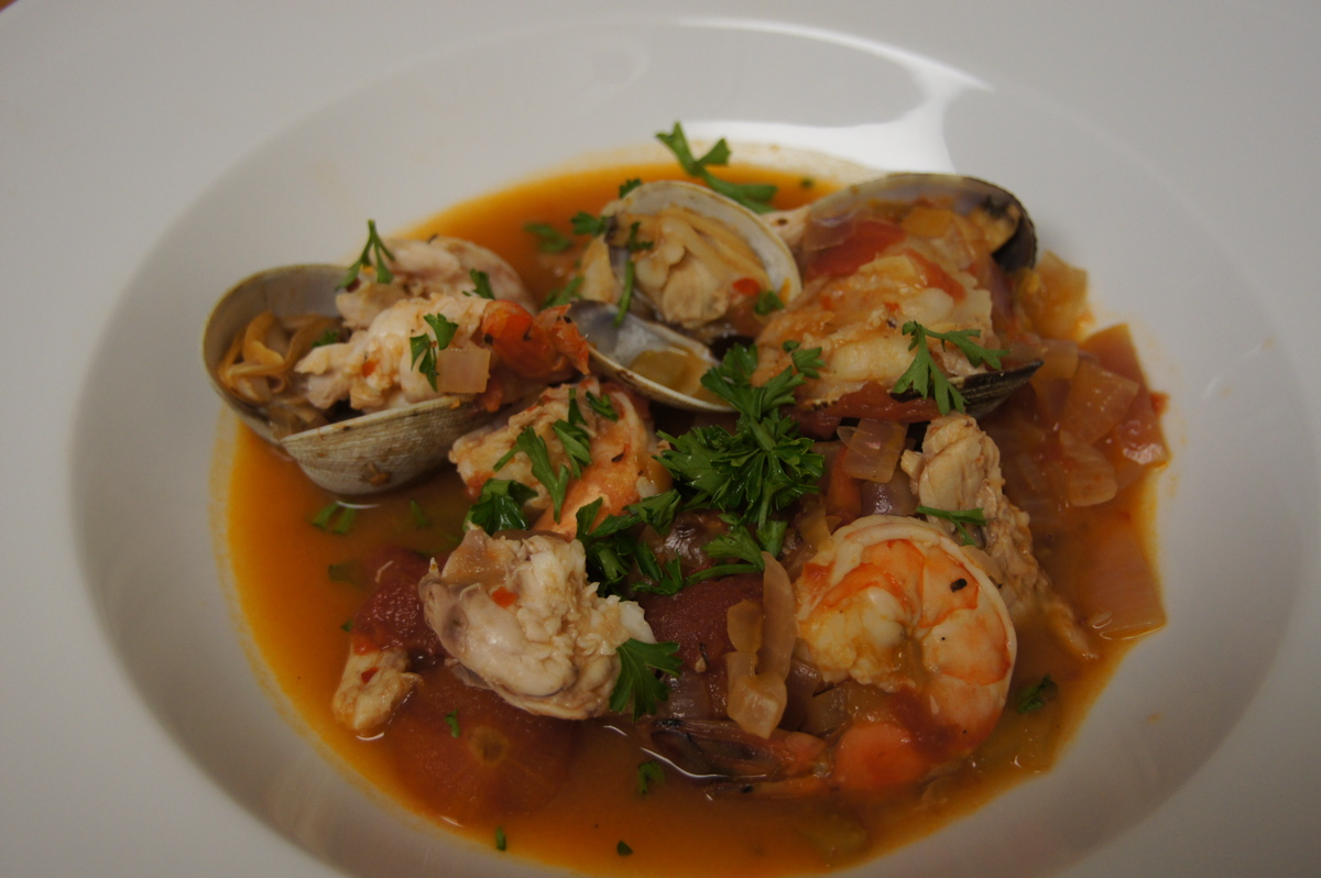 Recipe Review: Big Seafood Soup from Amalfi (Zuppa di ...