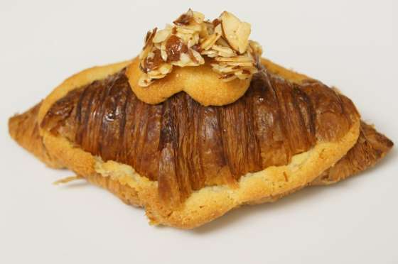 Pear and yuzu croissant